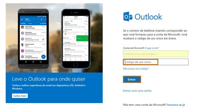 Adicione o código único de segurança recebido por mensagem no celular e acessar a conta de e-mail do Outlook.com (Foto: Reprodução/Barbara Mannara)