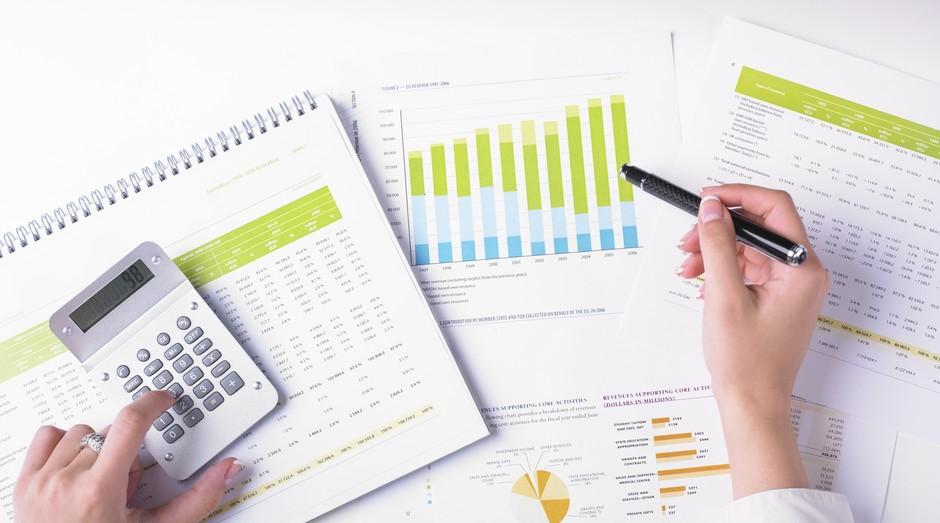 Saber como controlar os gastos é se planejar melhor são algumas das dicas do especialista (Foto: Thinkstock)