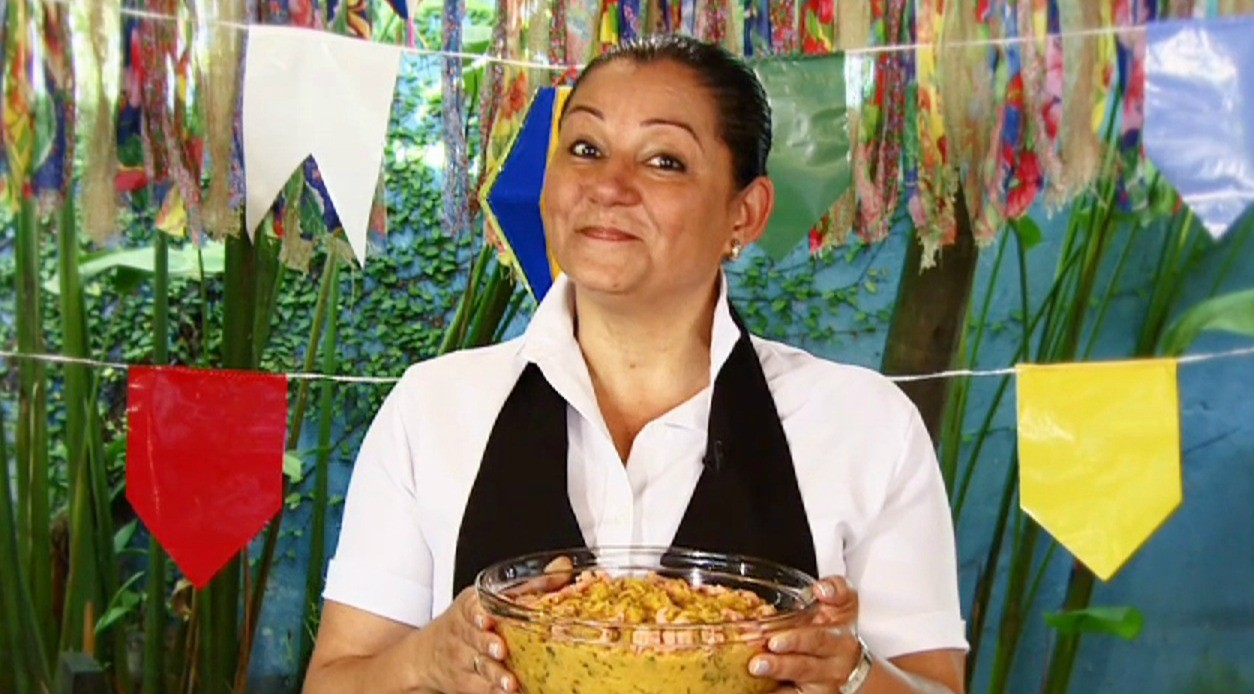 Vovó Cristina ensina como preparar um delicioso Vatapá (Foto: Rede Amazônica/AVG)
