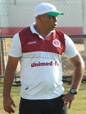 Técnico da Desportiva Ferroviária, Mauro Soares (Foto: Henrique Montovanelli/Desportiva Ferroviária)