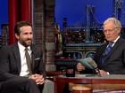 Ryan Reynolds diz na TV que usaria mulher como um 'escudo humano'
