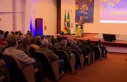 Encontro em Porto Alegre discute a mudança da TV Digital para condomínios
