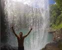 Sem ondas, abertura do Tahiti Pro é adiada, e surfistas aproveitam folga