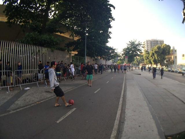 Maracanã fila ingressos Botafogo x vasco (Foto: Richard Souza)