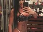 Gracyanne Barbosa revela truque de cintura fina em foto: 'Pose é tudo'