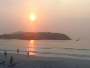 nascer do sol em cabo frio (Foto: Heitor Moreira/G1)
