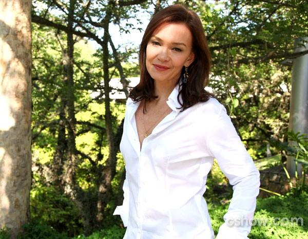 Atriz diz que se identifica com senso de justiça de Helena (Foto: Carol Caminha/TV Globo)