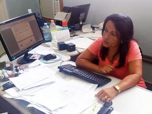 A delegada Rosemar Cardoso está à frente do caso (Foto: LG Rodrigues/G1)