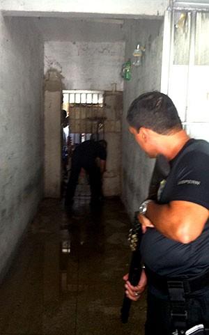 Juiz quer proibir entrada de novos presos na Cadeia Pública de Natal (Foto: Anderson Barbosa/G1)