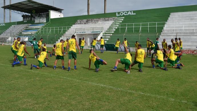 Coruripe inicia treinos para encarar o Campinense (Foto: Jota Rufino/GloboEsporte.com')