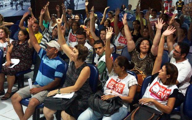 Servidores da Saúde pública do RN aprovaram suspensão da greve em assembleia realizada nesta sexta (11) (Foto: Divulgação/Sindsaúde-RN)
