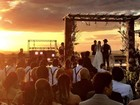 Sertanejo Mateus se casa em festa com 500 convidados em Goiânia