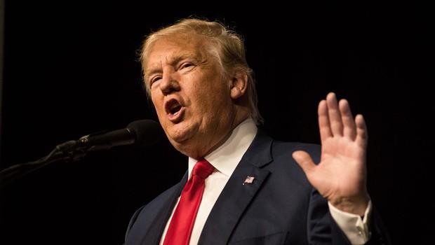 Trump recua em sua proposta de deportar todos imigrantes ilegais dos EUA