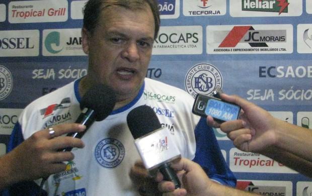 Edson Vieira - técnico do São Bento (Foto: Marcus Vinícius Souza/ TV Tem)