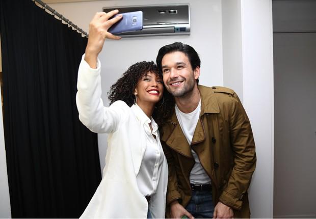 Tais Araújo e Sérgio Marone (Foto: Iwi Onodera e Manuela Scarpa/Brazil News)
