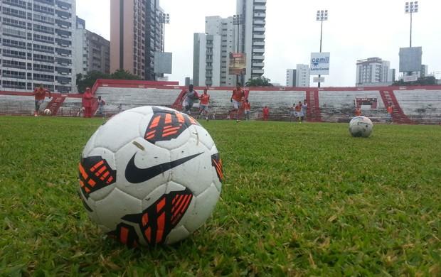 Bola Sul-Americana (Foto: Divulgação/Náutico/Anderson Malagutti)
