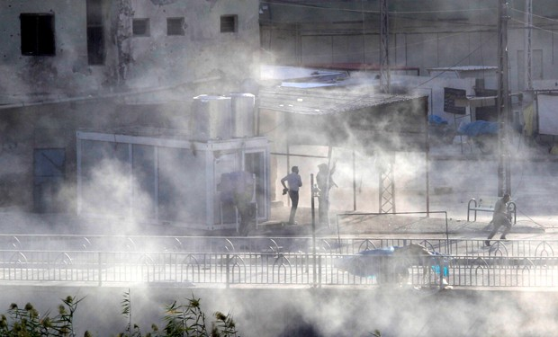 Dezenas de extremistas do grupo Estado Islâmico (EI) atacaram nesta sexta-feira (21) a cidade de Kirkuk (Foto: Ako Rasheed/Reuters)
