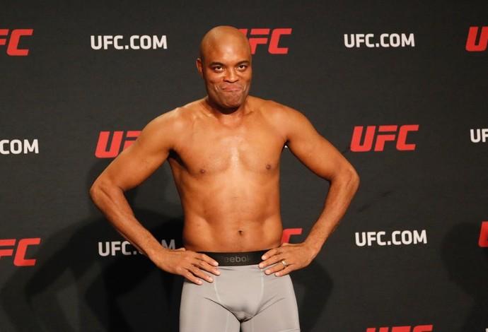 Anderson Silva Tomada de peso UFC 208 (Foto: Evelyn Rodrigues)