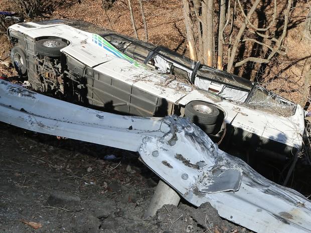 Acidente de ônibus deixa mortos e feridos em estrada de Nagano, no Japão (Foto: AFP PHOTO/JIJI PRESS JAPAN OUT )