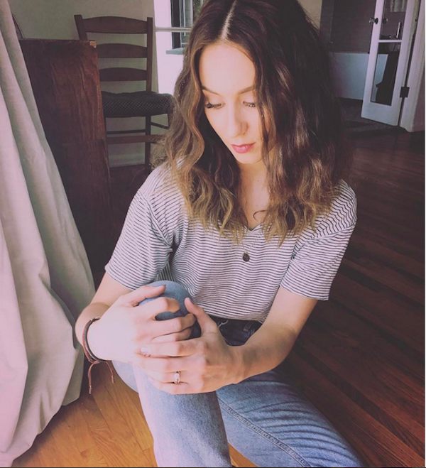 A atriz Troian Bellisario (Foto: Instagram)