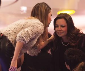 Sandy e a mãe Noely nos bastidores do SuperStar (Foto: EllenSoares/Gshow)