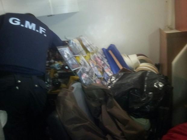 Guarda Municipal e Polícia Militar trabalharam em conjunto no Norte da Ilha (Foto: Osvaldo Sagaz/ CBN Diário)