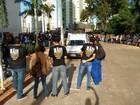 Trabalhadores de diversas categorias protestam em Campo Grande