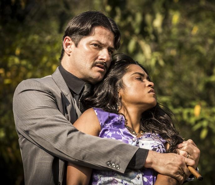 Carlos Eduardo e Luzia (Foto: Inácio Moraes/ Gshow)