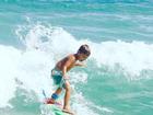Luana Piovani mostra foto do filho surfando: 'Orgulho'