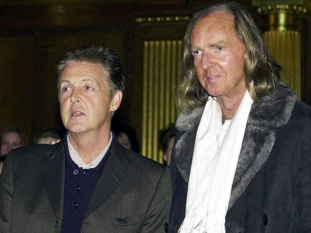 Paul McCartney e John Tavener em foto de 27 de janeiro de 2011 (Foto: AP Photo/John Stillwell)