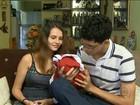 Pais largam faculdade para cuidar de filha com microcefalia em Surubim, PE
