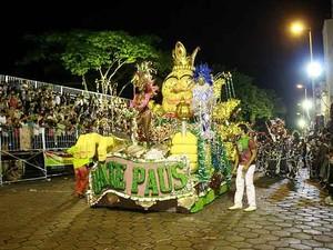 Desfile Bate Paus São João del Rei 4 (Foto: Thiago Morandi/Arquivo Pessoal)
