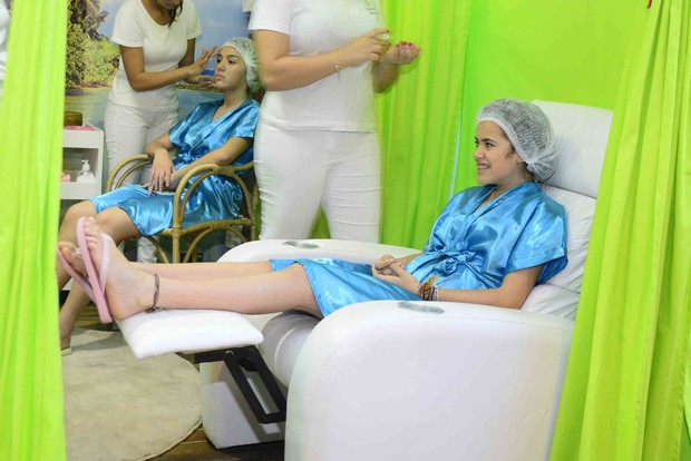 Maísa comemora 13 anos em spa (Foto: Leo Franco / AgNews)