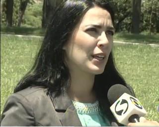Advogada Filipa Ribeiro dá dicas para uma viagem sem transtornos (Foto: RJTV 1ª Edição)