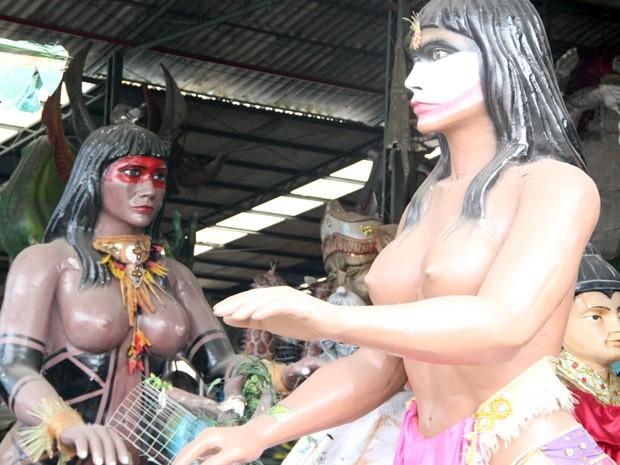Alegorias produzidas no Carnaval de Poços de Caldas. (Foto: Jéssica Balbino / G1)