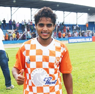 Elvinho Atibaia (Foto: Fabio Giannelli / Soccer Digital)