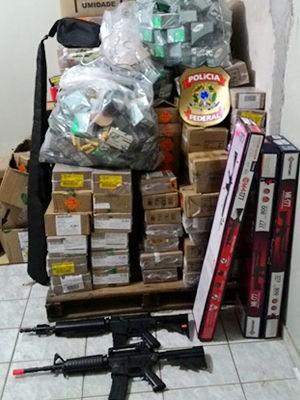 Fiscalização apreende espingarda, munições e 7 armas airsoft em MT (Foto: Assessoria/Polícia Federal de MT)