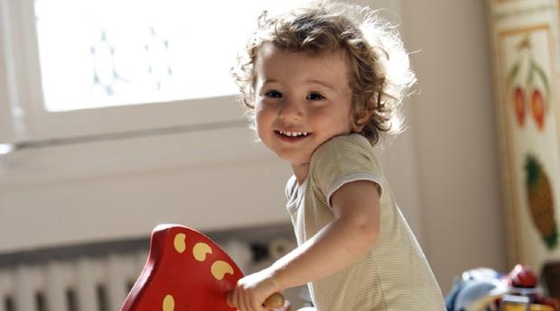brincadeira; menina; brincar (Foto: Thinkstock)
