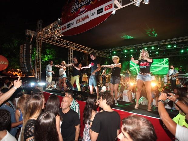 Famosos em show de Alexandre Peixe em Salvador, na Bahia (Foto: Heber Barros/ Agência Sércio Freitas/ Divulgação)