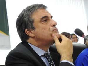 O ministro da Justiça, José Eduardo Cardozo, durante reunião nesta terça (30) na Secretaria de Direitos Humanos; segundo nota, ele ofereceu plano em junho ao governo estadual (Foto: Fabio Rodrigues Pozzebom/ABr)