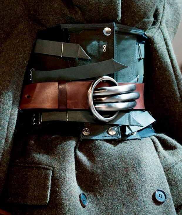 Cintura marcada na coleção de alta-costura da Maison Margiela para o inverno 2016/17 (Foto: Patrick Demarchelier/Condé Nast Archive, Agência Fotosite, Getty Images, Imaxtree e Divulgação)