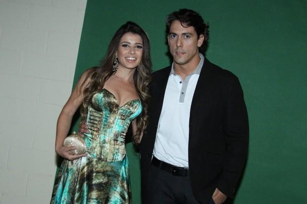 Paula Fernandes e o dentista Henrique, um de seus ex-namorados (Foto: Reprodução)