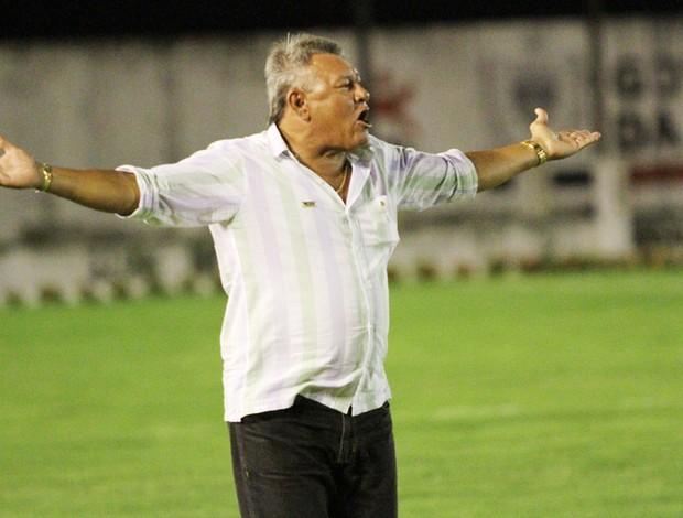 Freitas Nascimento no Campinense (Foto: Magnus Menezes / Jornal da Paraíba)
