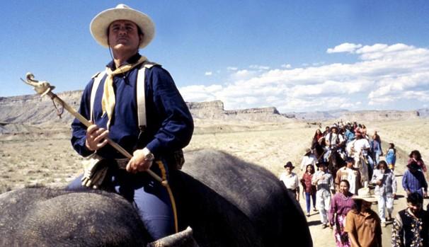 Jack (Bill Murray) ganha um elefante de herança do pai (Foto: Divulgação/Reprodução)