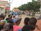 Homem invade banco, rende gerente e foge com dinheiro de cofre na Bahia