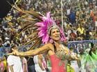 Scheila Carvalho, Sheron e mais beldades participam de ensaios de carnaval