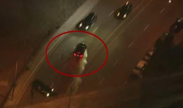 Suspeito só foi detido após bater em dois carros. (Foto: Reprodução)