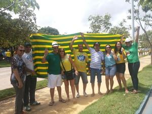 Manifestantes usaram as cores da bandeira brasileira. (Foto: Organização do evento/ Divulgação)