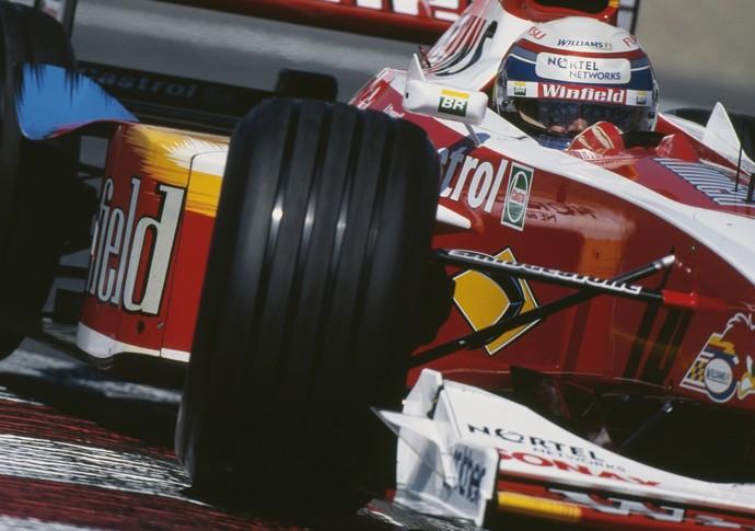 Descrição da imagem: Alex Zanardi correu pela Williams na temporada de 1999 da Fórmula 1 (Foto: Getty Images)