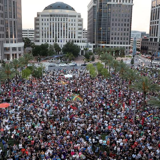 Manifestação pró-gays pós atentados em boate na Flórida (Foto: Joe Raedle/Getty Images)